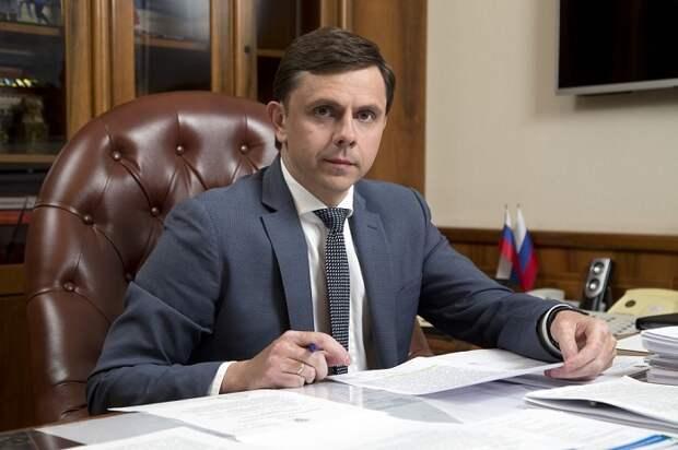 Губернатор Клычков просит силовиков помочь убрать мусор в Орле