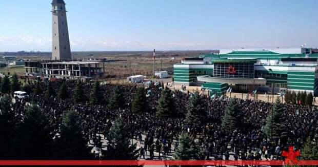 В Ингушетии протестующие перекрыли федеральную трассу «Кавказ»