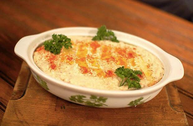 Обед готовим на мангале: делаем сыр, закуску и еще 5 блюд