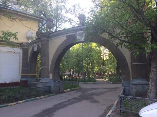 Краеведческая экскурсия по Октябрьскому Полю пройдёт 17 сентября