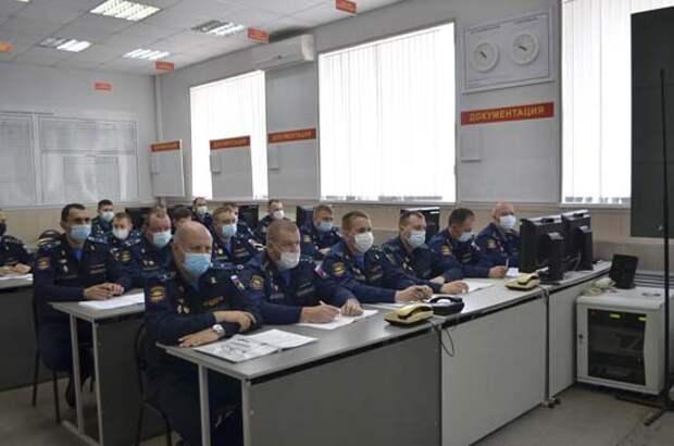 С военнослужащими дальней авиации проведены занятия для получения допуска к несению службы в суточном наряде