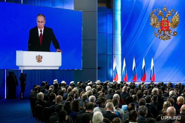 Губернаторы 20 регионов провалили поручение Путина