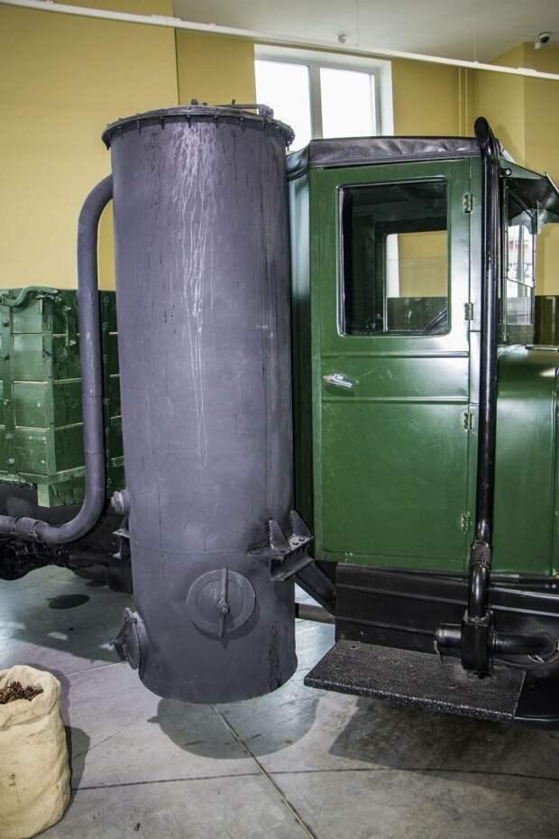 Рассказы об оружии. Газогенераторный автомобиль ЗИС-21 газогенераторный автомобиль ЗИС-21, рассказы об оружии, страницы истории