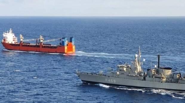 Политолог оценил высадку спецназа НАТО на российский корабль