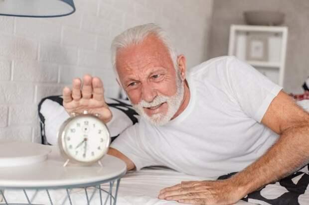 Недосып увеличивает риск деменции— исследование