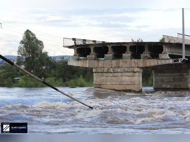 Краевые власти пообщались с забайкальцами в комментариях по поводу затянутого ремонта мостов