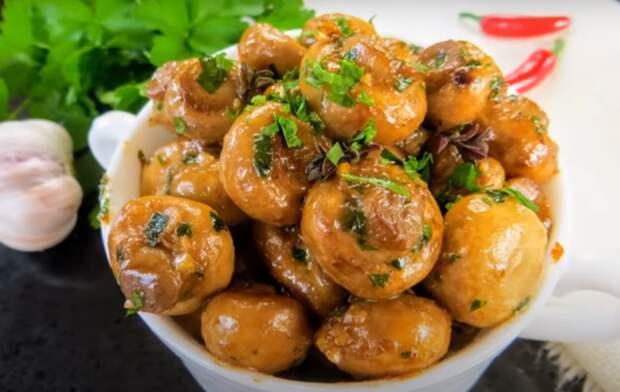 Грибы в сливочно-чесночном соусе