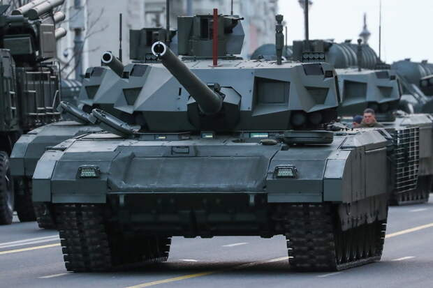 Россию назвали мировым лидером по количеству танков