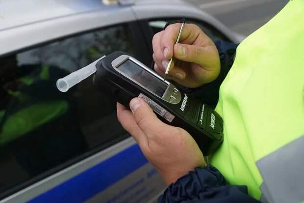 В Тверской области столкнулись две легковушки – оба водителя с признаками алкогольного опьянения