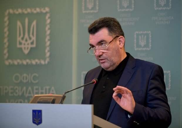 «Колония США»: экс-депутат Рады Олейник объяснил желание Украины перейти на латиницу