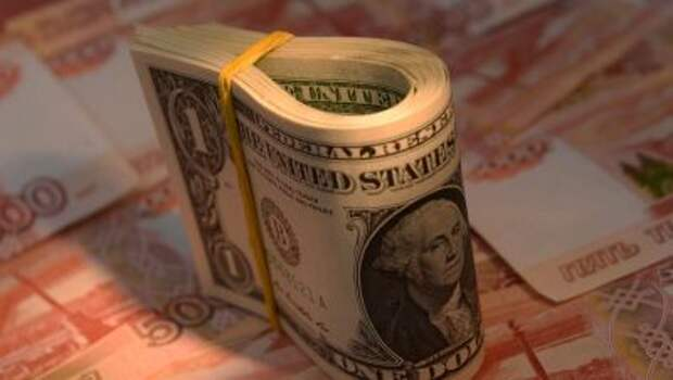 АКРА ждет ослабления доллара до 71,5 рубля к началу 2022 года