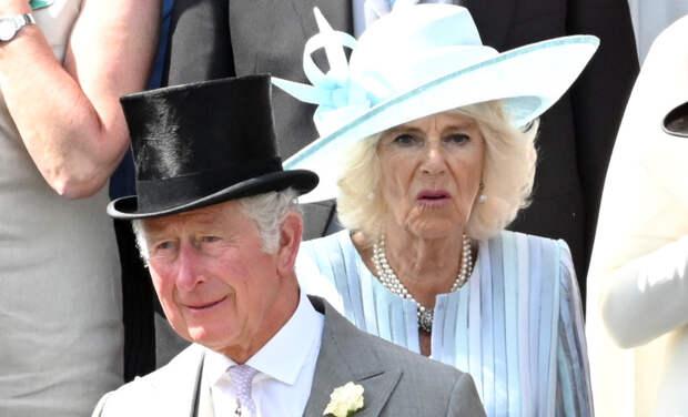 Принц Чарльз, герцогиня Камилла, принцесса Анна и другие гости первого дня скачек Ascot