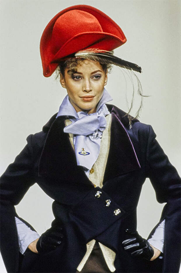 Кристи Тарлингтон на показе Vivienne Westwood, 1994 год