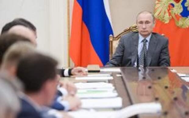 Путин поручил разработать альтернативу программе Кудрина