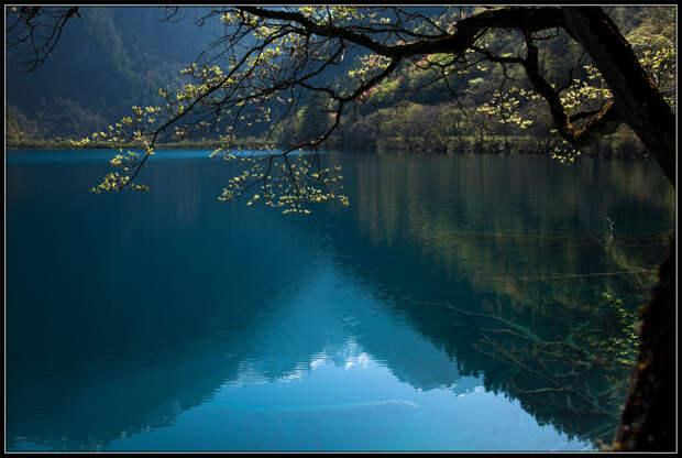 Озеро пяти цветов