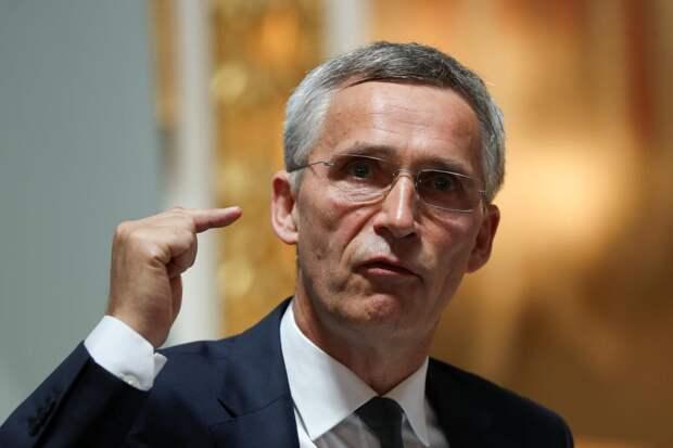 НАТО намеревается расширить финансирование военного присутствия у российских границ