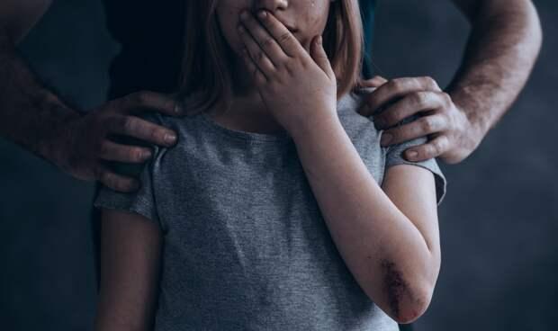 В Воронеже педофил изнасиловал 10-летнюю девочку