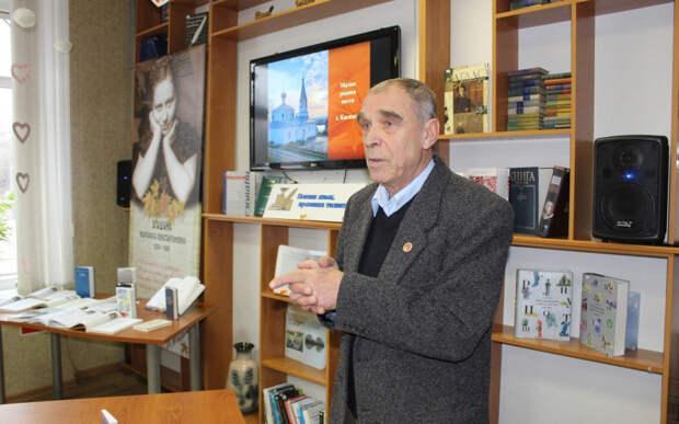 В Волгограде умер поэт, уроженец Касимова Борис Гучков