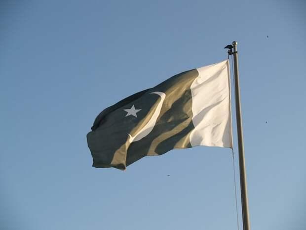 Пакистан освободил пилота сбитого индийского самолёта