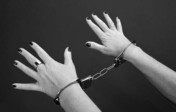 Сотрудники наркоконтроля задержали амфетаминщицу с Перервинского бульвара