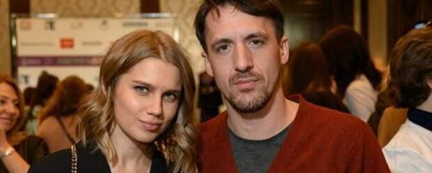 Дарья Мельникова сообщила о разводе с Артуром Смольяниновым