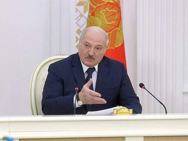 Лукашенко: Путин в разговоре с Байденом спросил о покушении на президента Белоруссии
