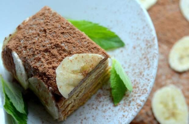 Банановый десерт с песочным печеньем