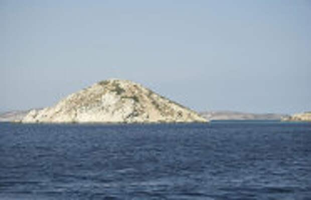 История и археология: Какие тайны древних греков открыл учёным необычный остров-пирамида Даскалио