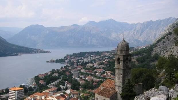 Черногория начинает делать бесплатные ПЦР-тесты одной из категорий туристов