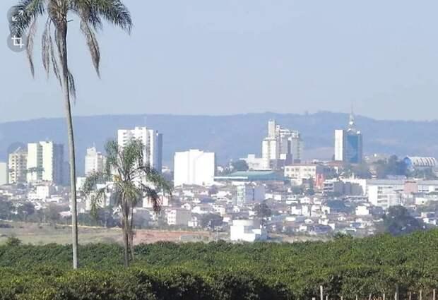 Прогулка инопланетян в Варжинье (Бразилия)