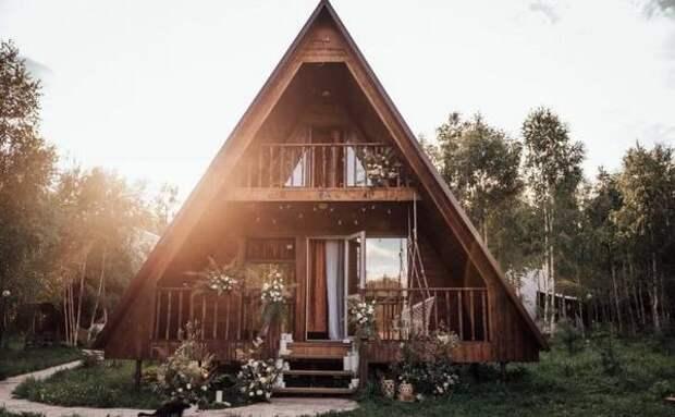 Отдых под куполом и дом над рекой: топ-6 необычных коттеджей в Тульской области