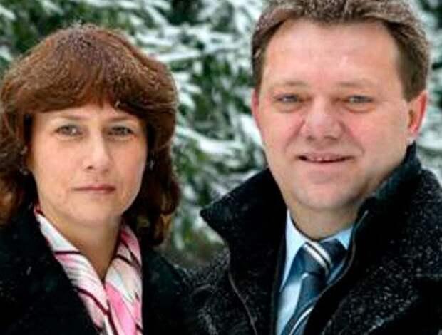 Жена мэра Томска перед обыском выбросила из окна 1,3 млрд рублей