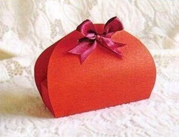 подарочная коробка - сумочка