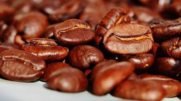 Американские ученые выяснили опасность кофе для зрения