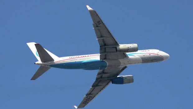 Самолет Ту-204. Архивное фото