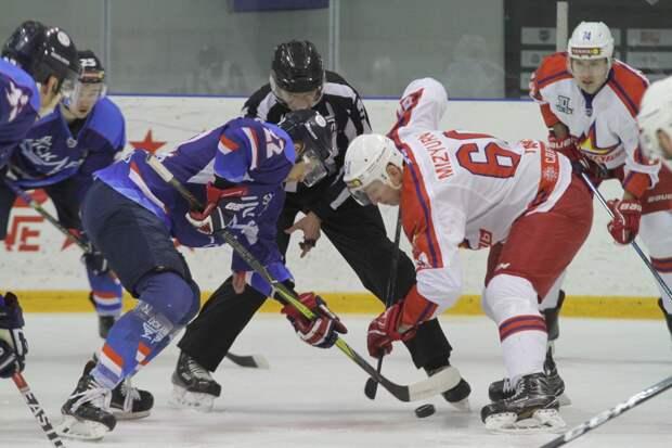 Хоккеисты «Ижстали» обыграли на домашнем льду ЦСК ВВС из Самары
