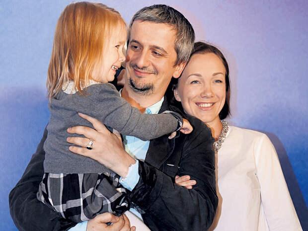 «Мы друг друга не потеряли»: Дарья Мороз рассказала о разводе с Богомоловым