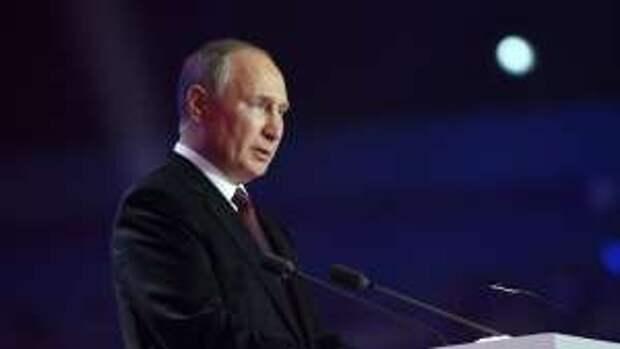 """""""Президент, верни Киев на Русь!"""": Пользователи соцсетей ответили на статью Путина"""