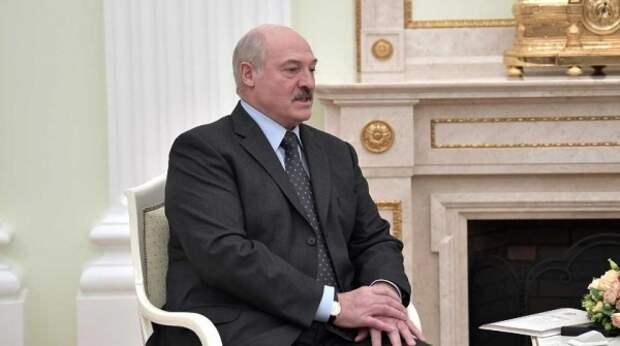 Колючая проволока и водометы: Лукашенко подготовился к митингам оппозиции