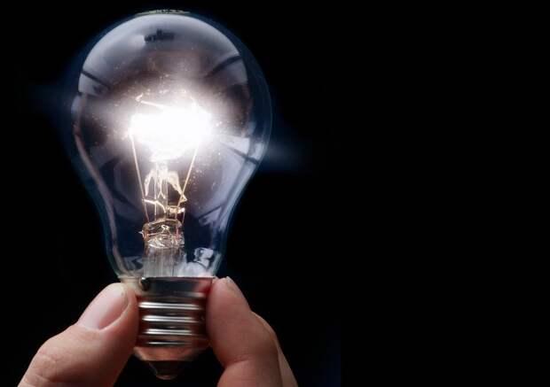 В подъезде дома на Большой Марфинской наладили освещение — «Жилищник»