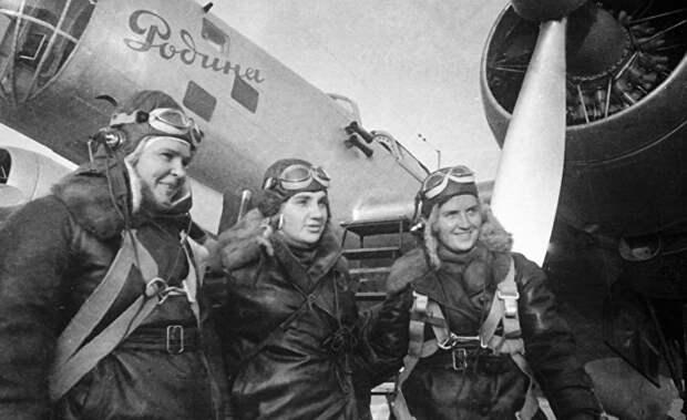 Ничто не забыто: аргентинские СМИ отдали дань уважения советским летчицам