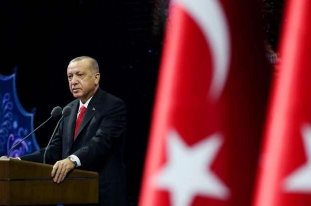Эрдоган заявил о начале выхода Турции из локдауна с 17 мая