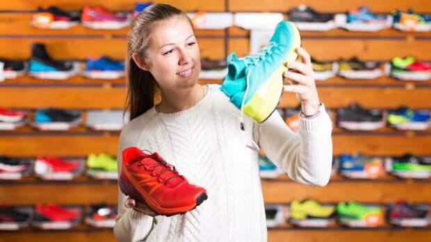 Россияне массово скупают кроссовки