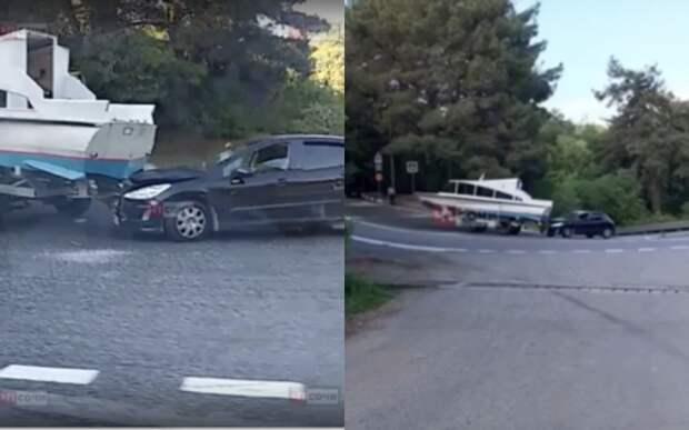 Отпускникам на заметку: катер протаранил легковушку в Сочи