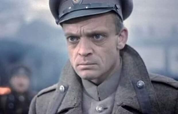 Как в СССР удалось экранизировать запрещенного Булгакова: Что происходило за кадром фильма «Бег»