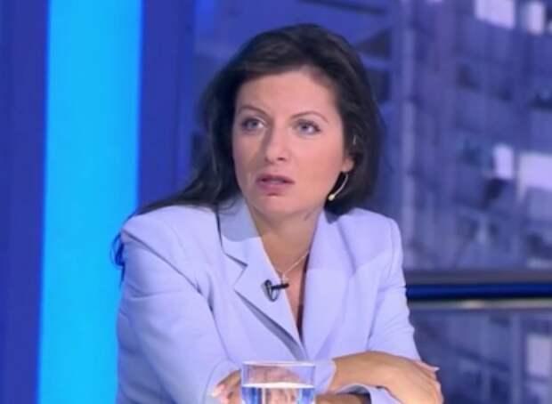 Маргарита Симоньян предложила запретить все зарубежные соцсети