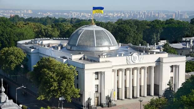 Политолог Головачев назвал причину дефицита вакцины от COVID-19 на Украине