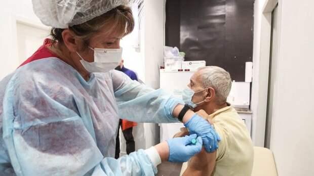 Врач назвала единственный пожизненный медотвод отвакцинации
