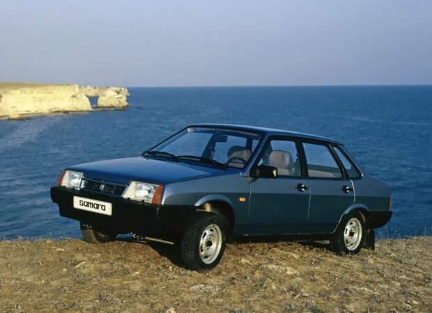 Сколько стоили новые автомобили в России 25 лет назад? И сколько сегодня же стоят эти автомобили