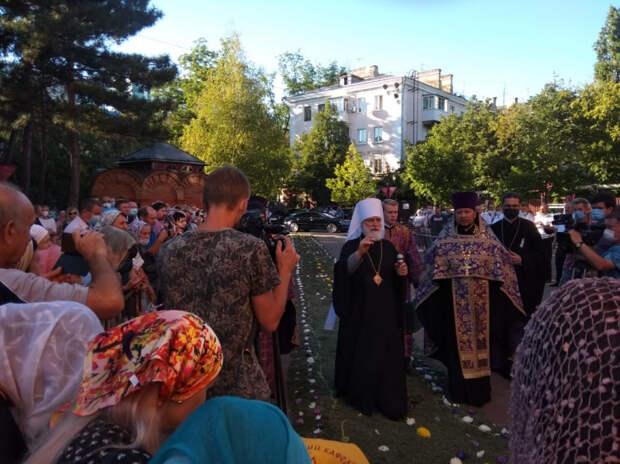 Митрополит Павел встретился с православными верующими в Краснодаре